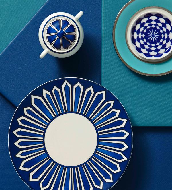 quicklink_6-hermes-bleus-dallieurs-porcelain-tableware-legle-sous-le-sol