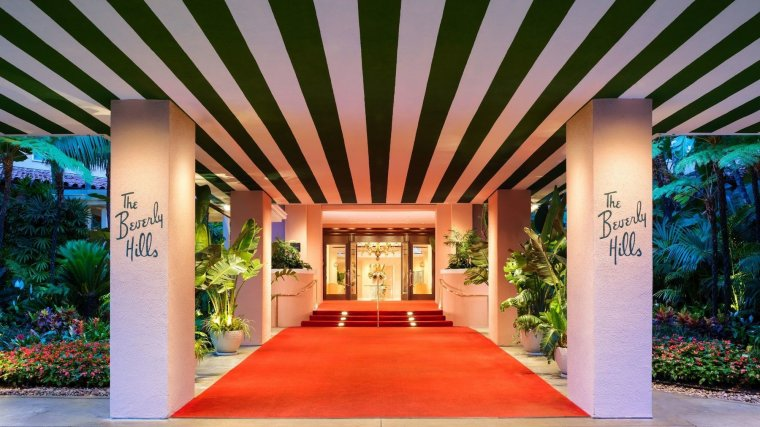 This image has an empty alt attribute; its file name is XThe-Beverly-Hills-Hotel-Dorchester-Collection-photos-Exterior-1.jpg